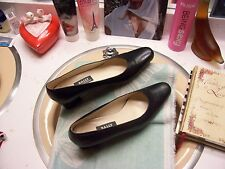 "women's Bally shoes made in Switzerland 5 1/2 EU 8 US classic navy 2 1/4"" heel"
