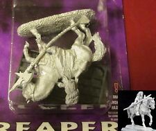 Reaper 14228 Warlord Crusaders Isarah Cleric Mounted Female Warrior-Priest Hero