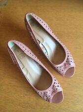 Tu Ladies Heeled Shoe In Apricot Size 5