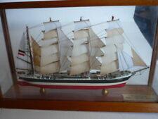 Schiffsmodell Passat Viermaster Frachtsegler  Metallmodell  1:700 Vitrine