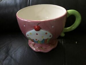 Novelty Cup Cake Design Tea Cup Height 11 cm
