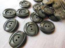 lot 9 boutons  gris noir travaillé diamètre: 1,8 cm ref 508