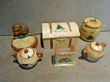 Varied Collection Of Manor Ware. Lot 3