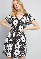 Modcloth XXS Whimsical Wildflowers Black White Floral Shift Dress