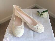 David's Bridal Satin/Lace Flat Shoes