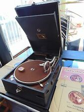 VINTAGE HMV MODEL101 PORTABLE PICNIC GRAMOPHONE + 4 RECORDS + TIN WORKING