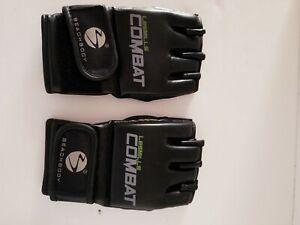 Les Mills Combat Beachbody Workout Fitness Exercise Gloves Black Size Medium