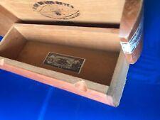 New ListingVtg all Wood Cigar Box 'Flor De Los Reyes' Churchill Dominican Repub