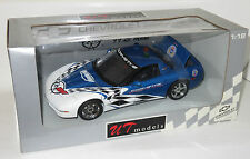 1/18 UT Models   Chevrolet Corvette  Le Mans Course Car 1999  Blue