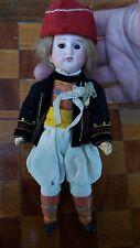 """Petite poupée Allemande """" type Steiner """"T-13/0-vêtements d'origine-bouche fermée"""