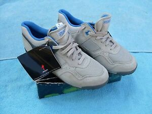 New Cycling Shoes Specialized size US 9 wild dog grey blue