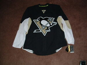PITTSBURGH PENGUINS 2012-16 BLACK AUTHENTIC HOCKEY JERSEY sz 52 NWT