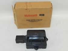 New OEM Ford Motorcraft Distributor Cap Cover DHG-376 DR443T