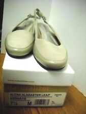 NATURALIZER ALENA Leather Slingback Pumps Alabaster Women's Sz 7 1/2M NEW W/BOX