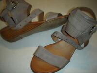 Miz Mooz Farley Leather Buckle Det. Demi-Wedge Sandals Womens 38/7.5-8 M Grey