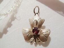 VINTAGE  875 STERLING SILVER FLOWER PENDANT 0,5 gr with GARNET < NO BRAND