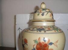 Vintage Hand-painted Vase Decorative Hong Kong Ceramic Vase With Lid gold trim