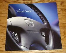 Original 2001 Honda Accord Coupe Deluxe Sales Brochure 01
