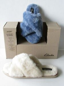 CLARKS Indoor/Outdoor Plush Fur Lined Slippers Pick Beige, Blue size 7, 8, 10