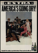 1967 Sexy GANGSTER WOMEN Packing Tommy Guns - Machine Gun  CANADA DRY VINTAGE AD