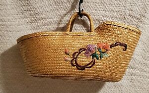 Vintage 1970's Embroided Straw Moses Basket Portable Baby Bed w/ Handles ~ GREAT