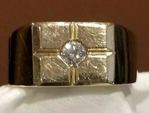 Men's Diamond solitaire Ring 14K Yellow Gold