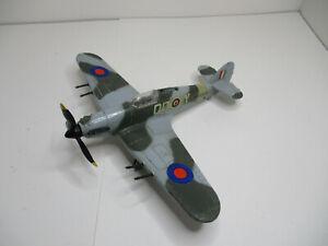 Dinky Toys # 718 BATTLE OF BRITAIN HAWKER HURRICANE ORIGINAL WLIGHT TOUCHUPS. NM