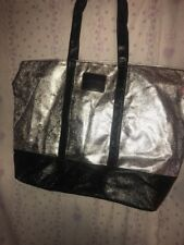 New VICTORIA'S SECRET Travel Tote Beach Bag Silver And Black