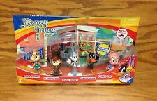 2012 The Looney Tunes Show Action Figure Set with Exclusive Bugs Bunny Porky Pig
