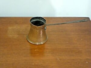 Traditional Vintage Copper 1/2 Pint Pourer With Long handle