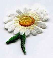 DAISY IRON ON FLOWER PATCH 1 5/8 X 1 3/4 inch