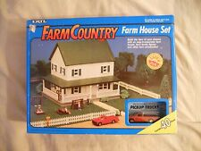 Ertl Farm Country Toy 2-Story Farm House Home & Pickup Set MIP 1/64!! Tractor