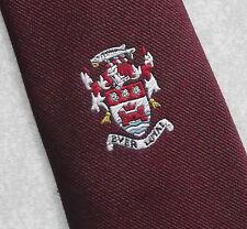 CLUB ASSOCIATION cravate + jamais fidèle + Château motif écusson emblème vintage 1970 s