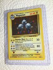 HOLO Magneton 9/102 - RARE Base Set Pokemon Card - EXC/NEAR MINT