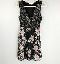 PINS AND NEEDLES Floral Dress Medium Sleeveless V-Neck Urban Outfitters Pretty