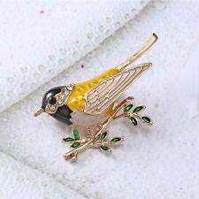 Lovely Large Animals Animal Vivid Bird Gold Rhinestone Brooch Lapel Pin Crystal