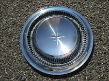 One factory 1967 to 1969 Lincoln Continental hubcap wheel cover nice