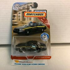 '06 Ford Crown Victoria * Matchbox Moving Parts * Y34