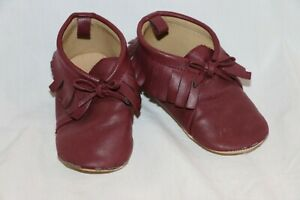 Old Navy Baby Boy Pull On Moccasin Shoes - Size 12.5 (18-24month) - Maroon