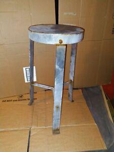 Industrial Rusty Bar Stool metal round vintage shabby look rustic