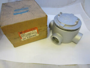 """CROUSE HINDS GUAX59 EXPLOSION PROOF JUNCTION BOX X STYLE 1-1/2"""" NEW"""