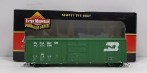 """Details about  /InterMountain HO Chicago North Western 10/'6/"""" High AAR Box Car 2 different  #/'s"""