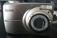 CAMARA DE FOTOS KODAK EASYSHARE C713 (GRIS)
