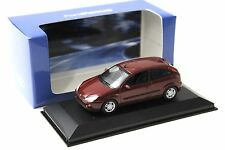 1:43 Minichamps Ford Focus Ghia 1999 dark red DEALER NEW bei PREMIUM-MODELCARS