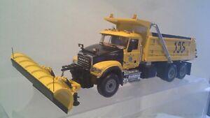 Mack Granite Dump truck w/snowplow & spreader by First Gear 1:34 scale NIB