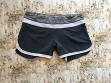Lululemon Groovy Run Grey And White Speed Short Size 6