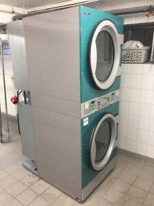 Set ELECTROLUX GASBETRIEBEN Hygienewäscherei Waschmaschine Trockner Heißmangel