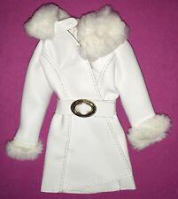 "Vintage Barbie Reproduction: ""RED WHITE 'N WARM - weißer Mantel"", Mattel, 2007"