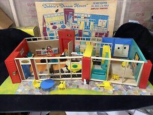 Mid Century Mod Vintage Deluxe Reading Debbie's Dream House Dollhouse Playmobil