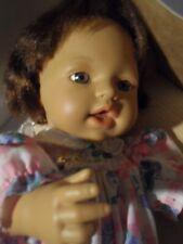 Sehr gut erhaltene asiatische Baby Born Puppe aus Vinyl 36 cm wunderschön